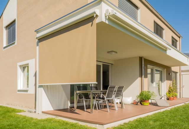 Vertical awnings Universal