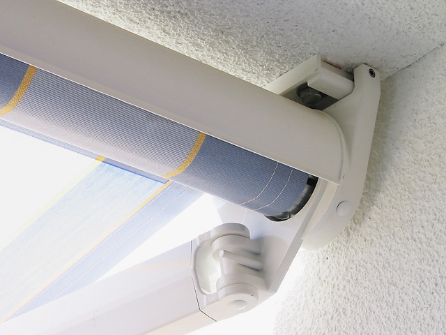 Arm Awning Ideal