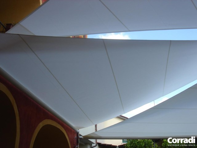Retractable Shading Sails Scirocco